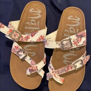Mad Love prudence flower print footbed sandal